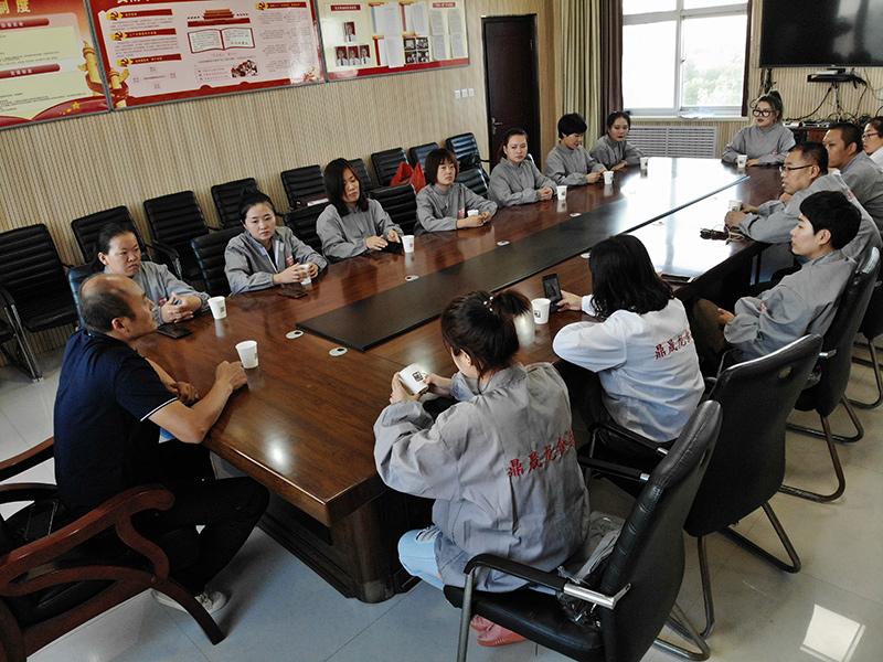 公司全员展开拴嘴驴食品安全知识培训